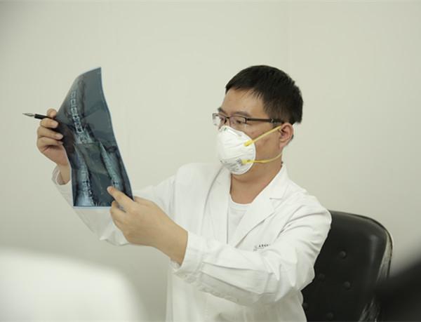 深圳援藏公益报道丨援藏医生专访:朱丹——情系青藏 行胜于言