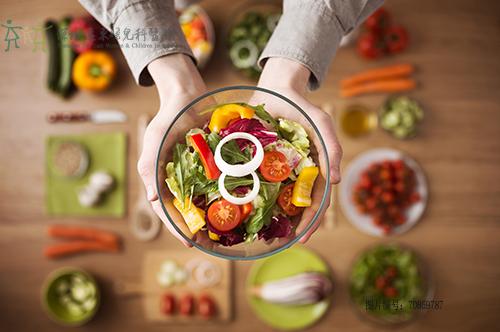 饮食营养均衡可以预防内分泌失调
